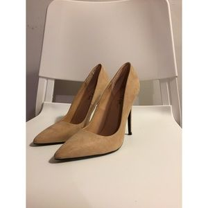 Nasty Gal - Nude Pumps Size 8